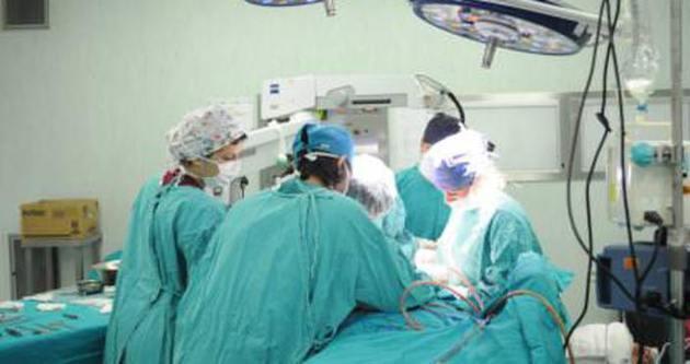Safra kesesi ameliyatı olurken atardamarı kesildi