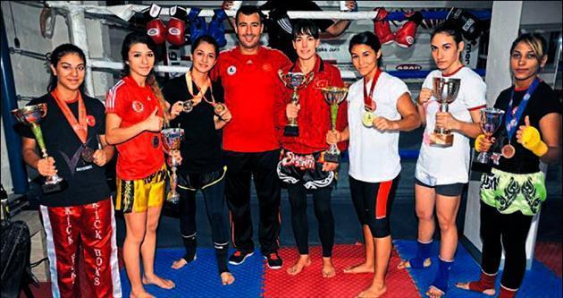 Kızların boks aşkı