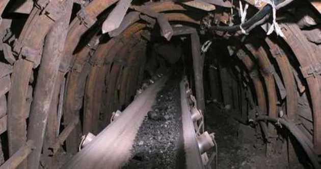 Tünel işçileri göçük altında kaldı!