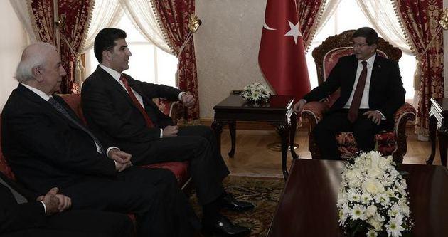 Başbakan Ahmet Davutoğlu Neçirvan Barzani'yle görüşüyor