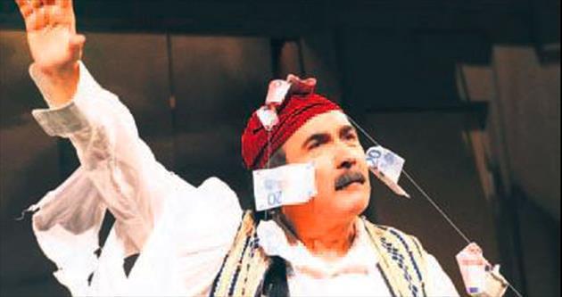 İki komedyen Yunan siyasetini karıştırdı