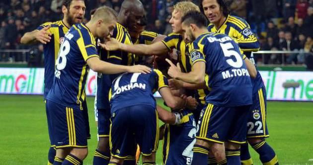 Fenerbahçe penaltılarla gülüyor