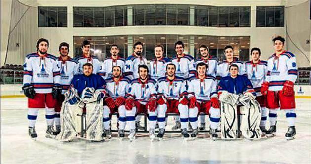 Buz adamlar yine kupanın peşinde