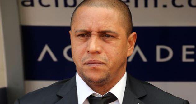 Roberto Carlos istifa etti