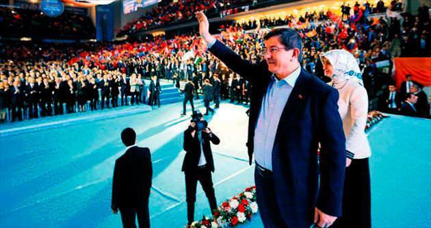 'Ülkeyi milli iradeden güç alanlar yönetecek'