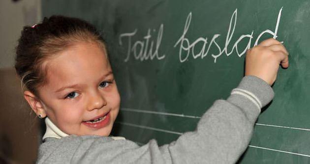 15 tatil ne zaman başlıyor? Okullar ne zaman tatil olacak?