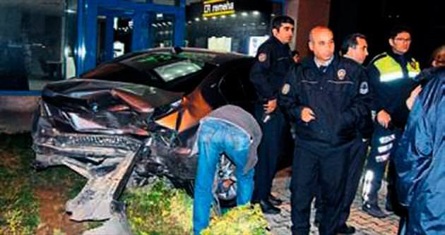 Antalya'da kaza: 4 kişi yaralandı