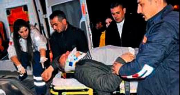 Temizlik aracına çarpan araçtaki 5 kişi yaralandı