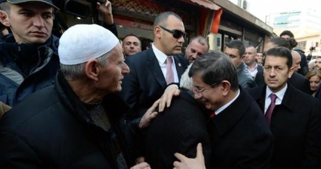 Başbakan Davutoğlu Üsküp'te konuştu