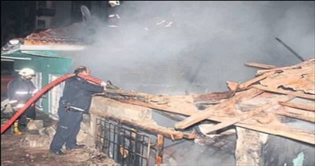 Metruk binada 'bağımlı' yangını