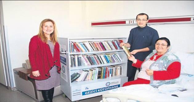 Hastaneye 'gezici kütüphane'