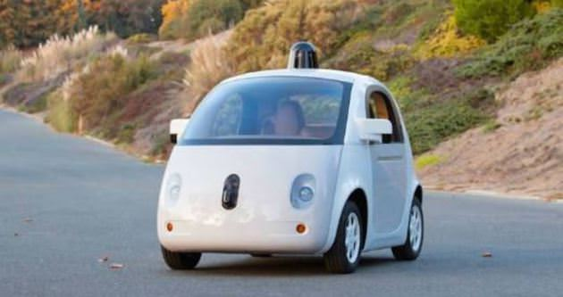Google'ın Sürücüsüz Arabası testte