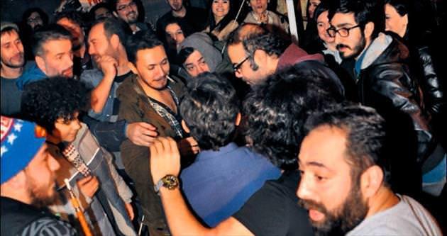 'Ailesine tavsiyem Ahmet'i evlendirsinler'