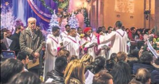 St. Antuan'da Noel kutlaması