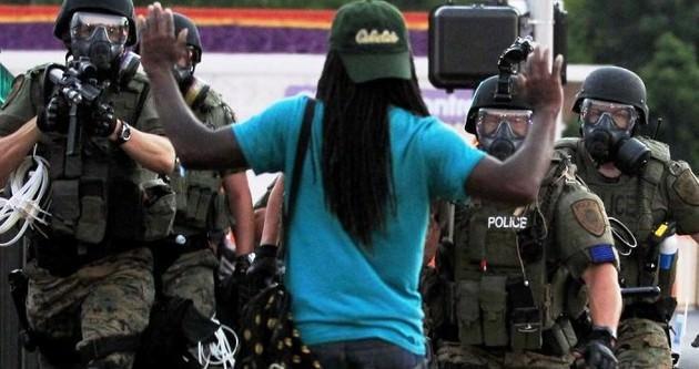 ABD'de siyahi vuruldu, olaylar büyüdü