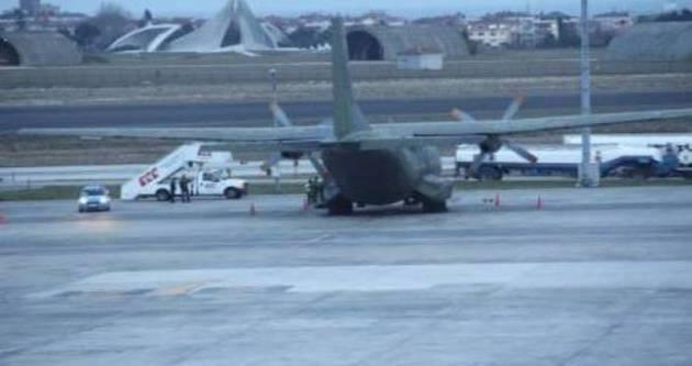 Suriye Rejimi Hama havaalanını boşaltıyor