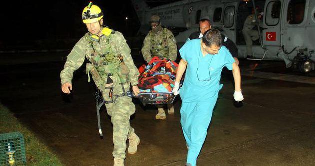 Kadın çobanı askeri helikopter kurtardı