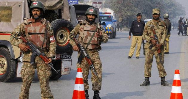 Pakistan'da Taliban operasyonu