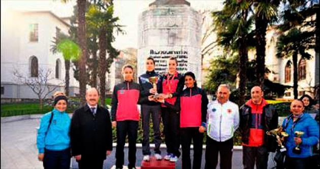 Atatürk Koşusu'nun şampiyonu Büyükşehir