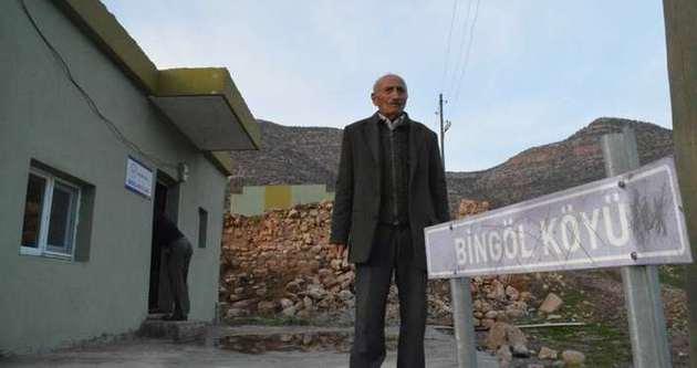 Köyde tek başına yaşıyor
