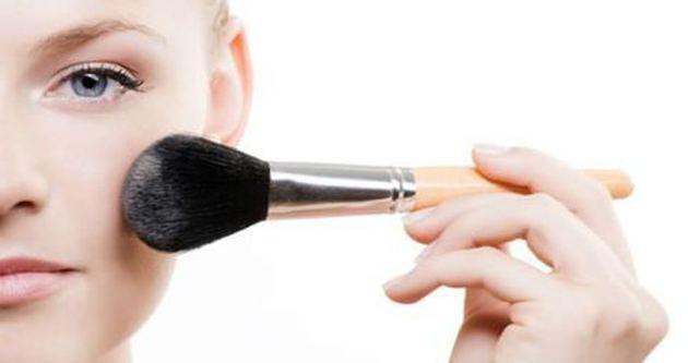 Makyaj fırçalarını kullanma kılavuzu