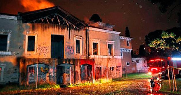 Tarihi köşkte yangın