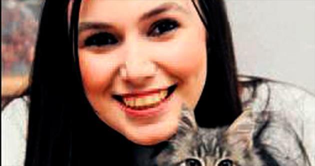 Hayata tutundu, sokak kedisine hayat oldu