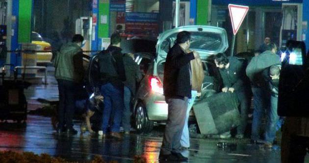 Bomba yüklü araç polisi alarma geçirdi