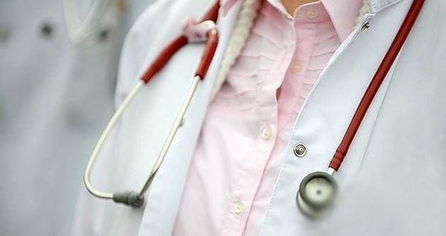 Acildeki hekimlere bonzai eğitimi
