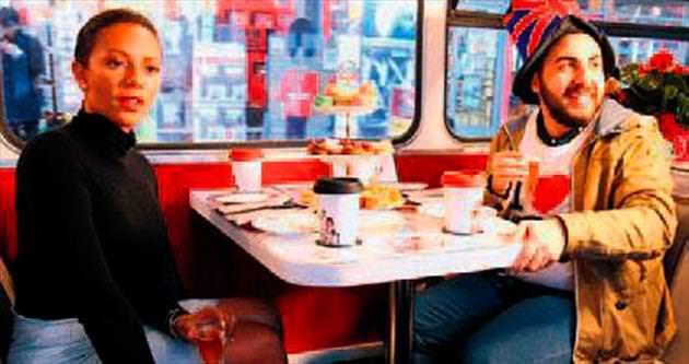 Çayın yanında Londra turu