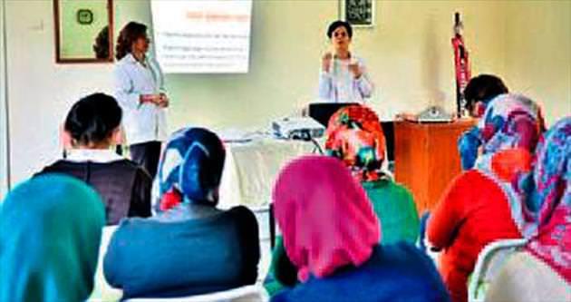 Mamak'ta kanser seminerleri sürüyor