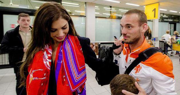 Yolanthe'den Sneijder'e rest!