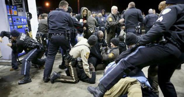 ABD'de iki polis daha öldürüldü