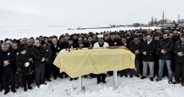 HDP'li Bozlak toprağa verildi