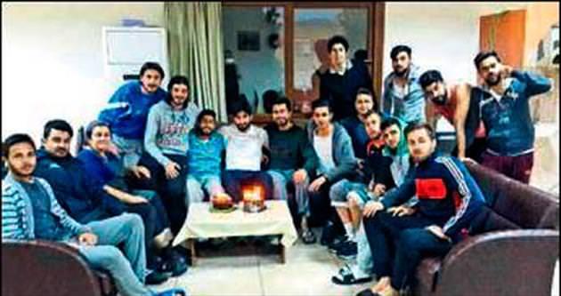 Menemen'de sürpriz parti