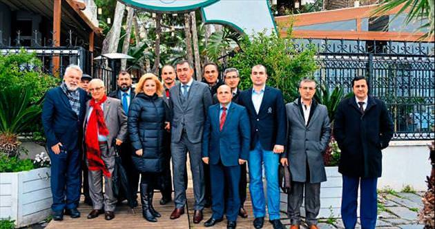 Herkesin İzmir için yapabileceği bir şey vardır