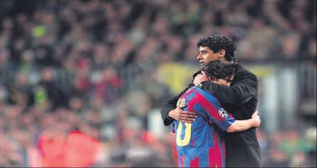 Rijkaard Barça'ya