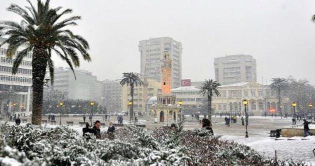 İzmir'de sıcaklık -7'yi gördü