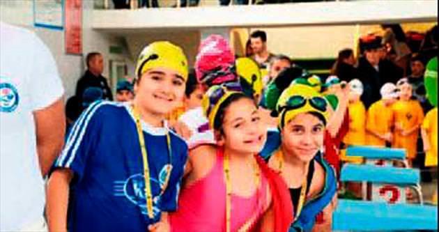 Kurtuluş Kupası Yüzme yarışları