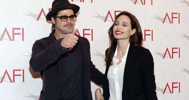 Angelina Jolie ile Brad Pitt meğer daha önce evlenmiş