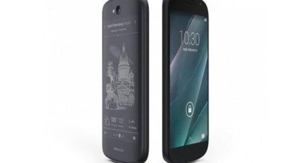 YotaPhone 2 2015'in çeyreğinde Amerika'da satışa çıkacak