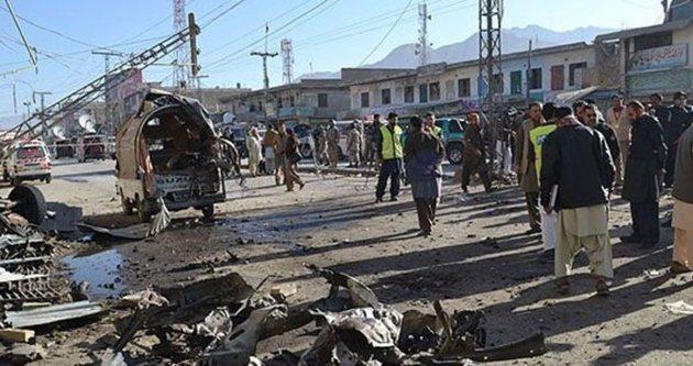 Pakistan'da silahlı saldırı: 7 ölü