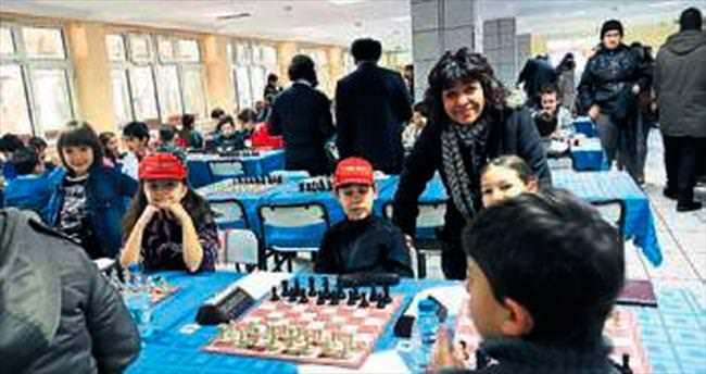 Miniklerden 'şah mat' turnuvası