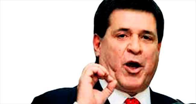 Paraguay'da Başkandan 'Çalmayı bırakın' çağrısı