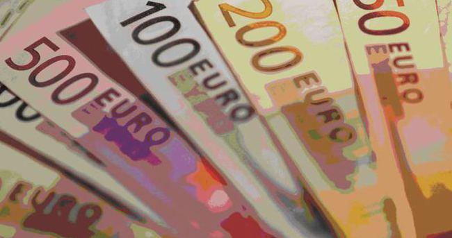 Euro fiyatları dolar karşısında 11 yılın dibinde
