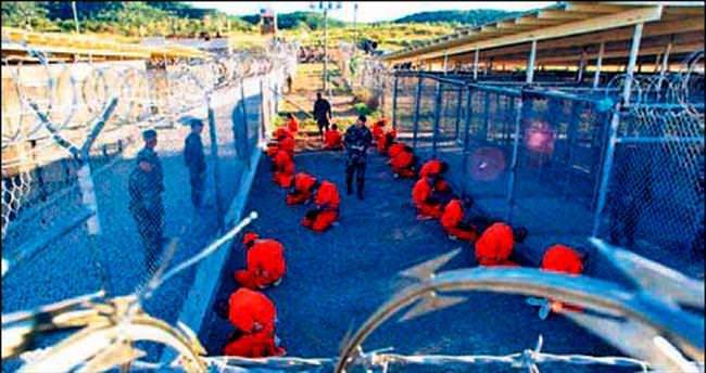 5 tutuklu daha Guantanamo'dan nakledildi