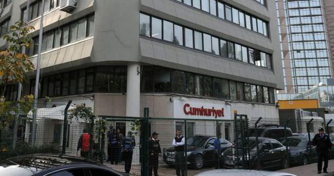 Cumhuriyet Gazetesi yazarları ifadeye çağrıldı