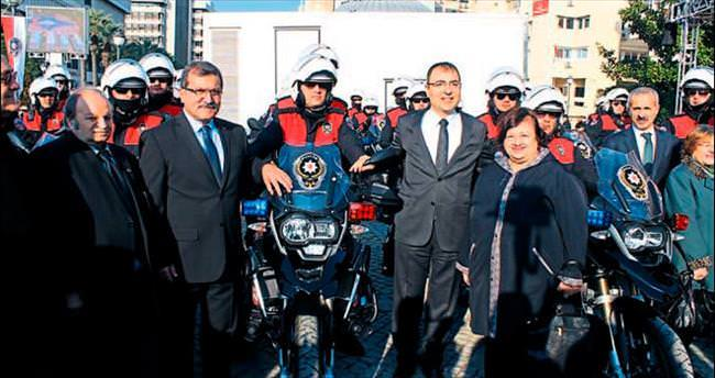 İzmir polisine 84 yeni araç