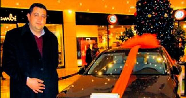 İzmir Optimum'un Mercedes'i memura