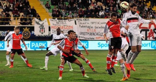 Beşiktaş sezonun ilk kupasını aldı